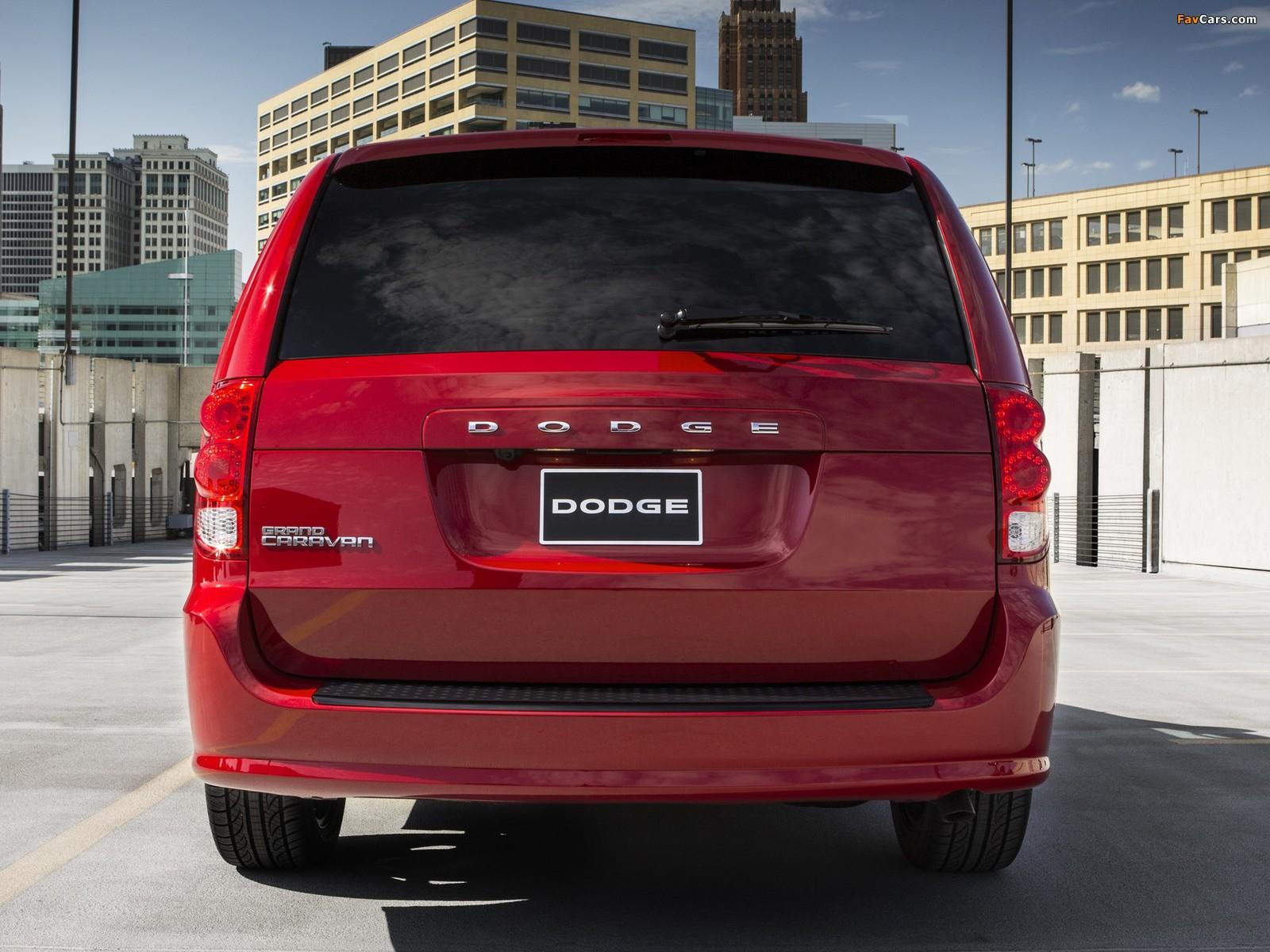 Photos of Dodge Grand Caravan Blacktop 2013 (1600 x 1200)