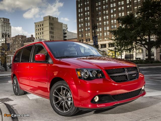 Photos of Dodge Grand Caravan Blacktop 2013 (640 x 480)