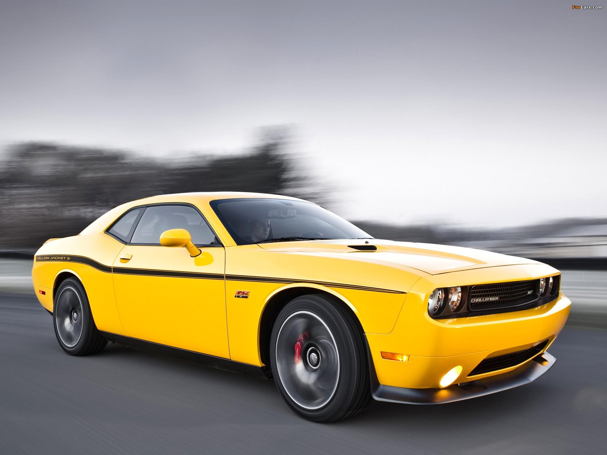 Dodge Challenger SRT8 392 Yellow Jacket (LC) 2012 photos (2048 x 1536)