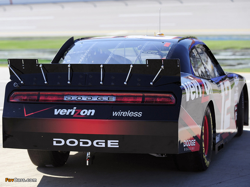 Photos of Dodge Challenger R/T NASCAR Nationwide Series (LC) 2010–12 (800 x 600)