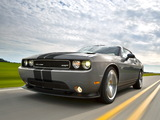 Pictures of Dodge Challenger SRT8 392 2010