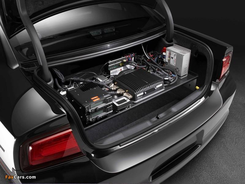 Dodge Charger Pursuit 2010 images (800 x 600)
