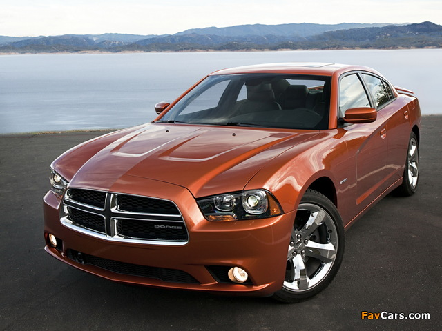 Dodge Charger R/T 2011 images (640 x 480)