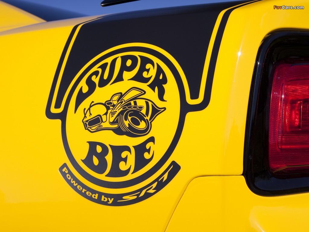 Dodge Charger SRT8 Super Bee 2012 photos (1024 x 768)