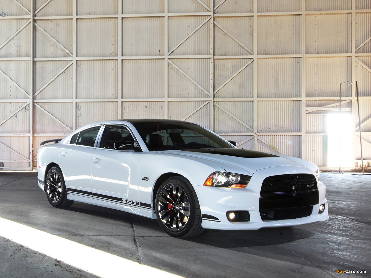 Dodge Charger SRT8 392 Appearance Package 2013 photos (1280 x 960)