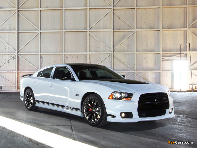 Dodge Charger SRT8 392 Appearance Package 2013 photos (800 x 600)