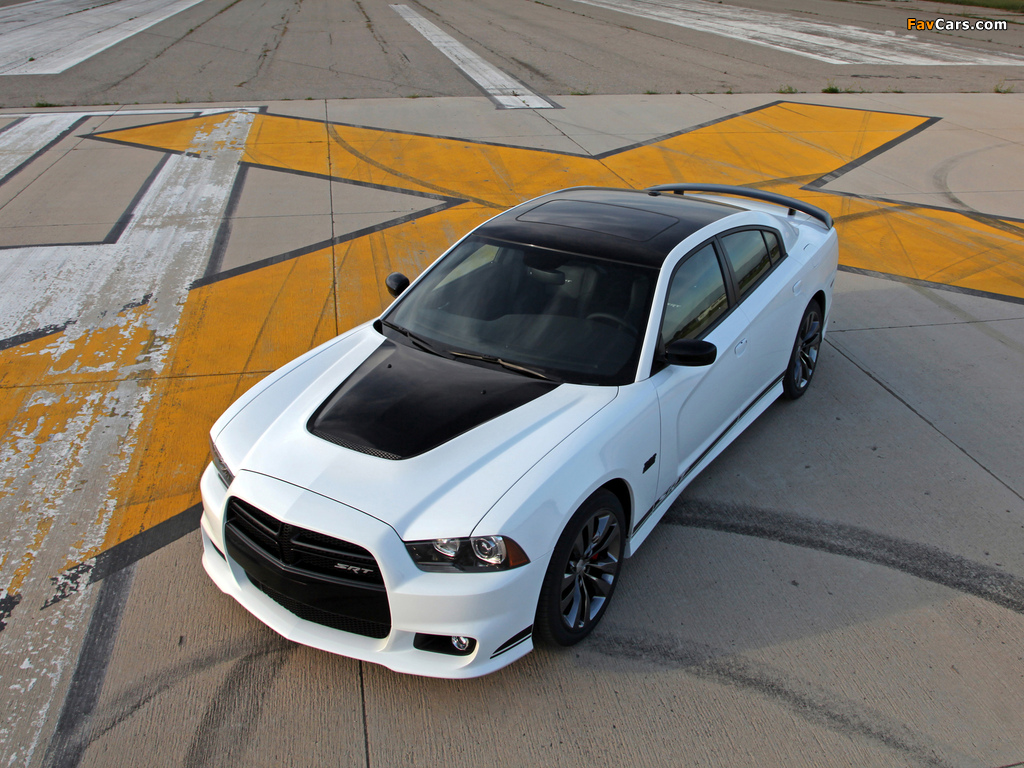 Dodge Charger SRT8 392 Appearance Package 2013 photos (1024 x 768)