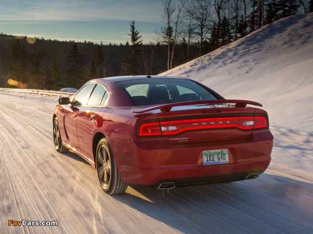 Dodge Charger AWD Sport 2013 wallpapers (640 x 480)