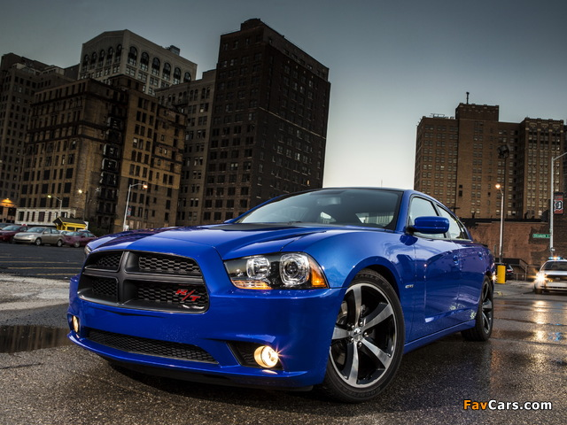 Images of Dodge Charger R/T Daytona 2013 (640 x 480)