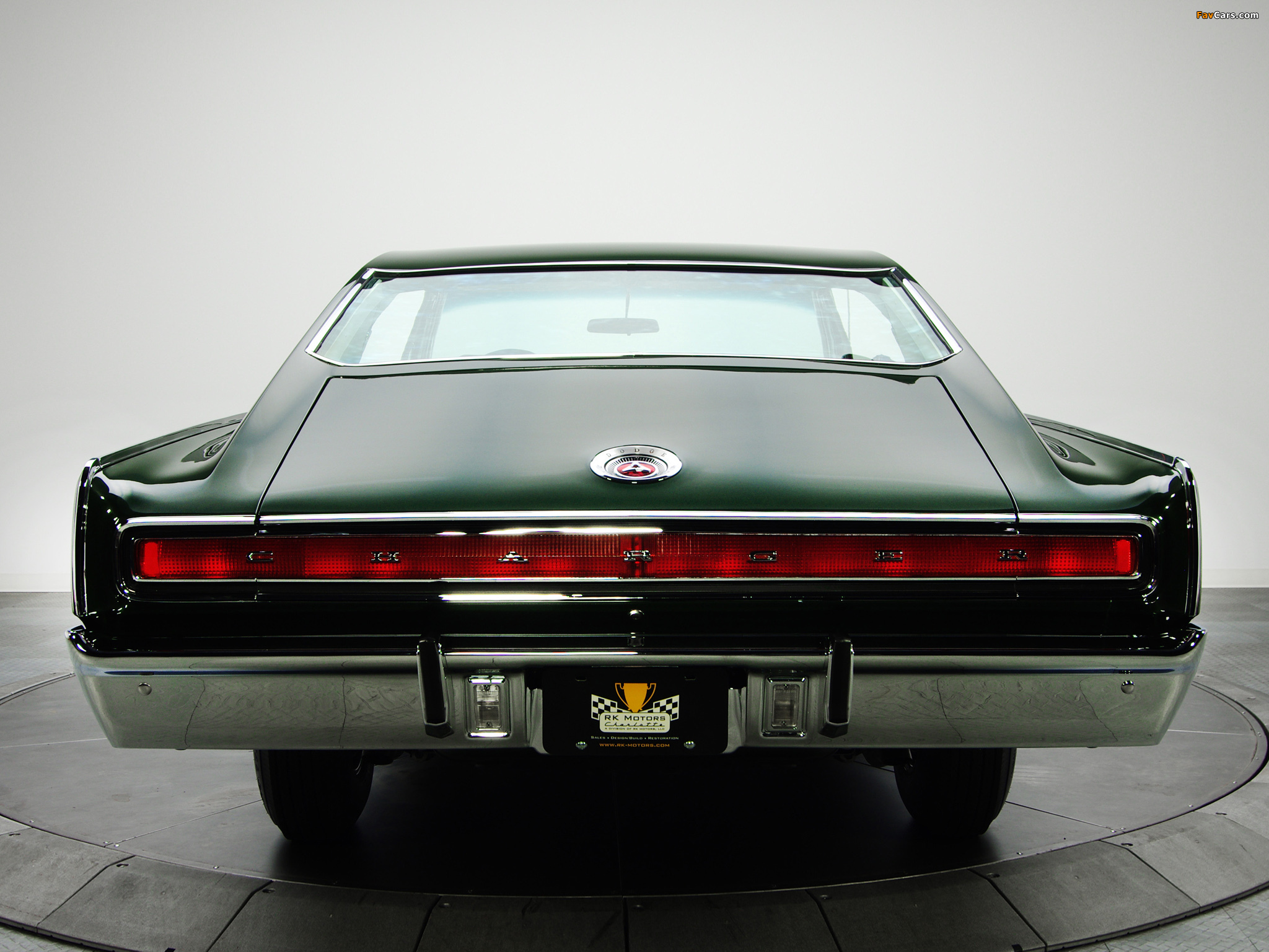 Pictures of Dodge Charger R/T 426 Hemi 1967 (2048 x 1536)