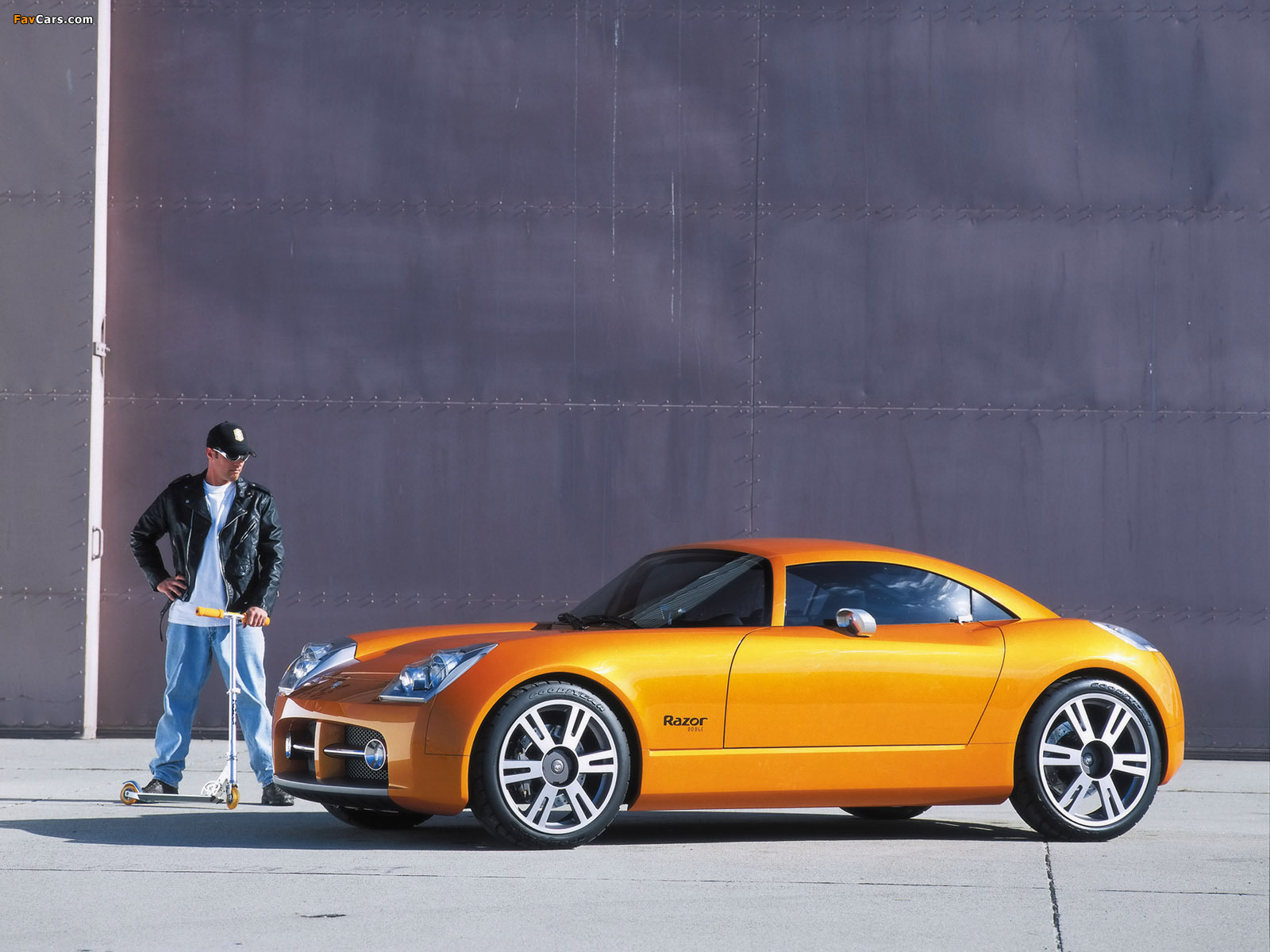 Dodge Razor Concept 2002 wallpapers (1600 x 1200)