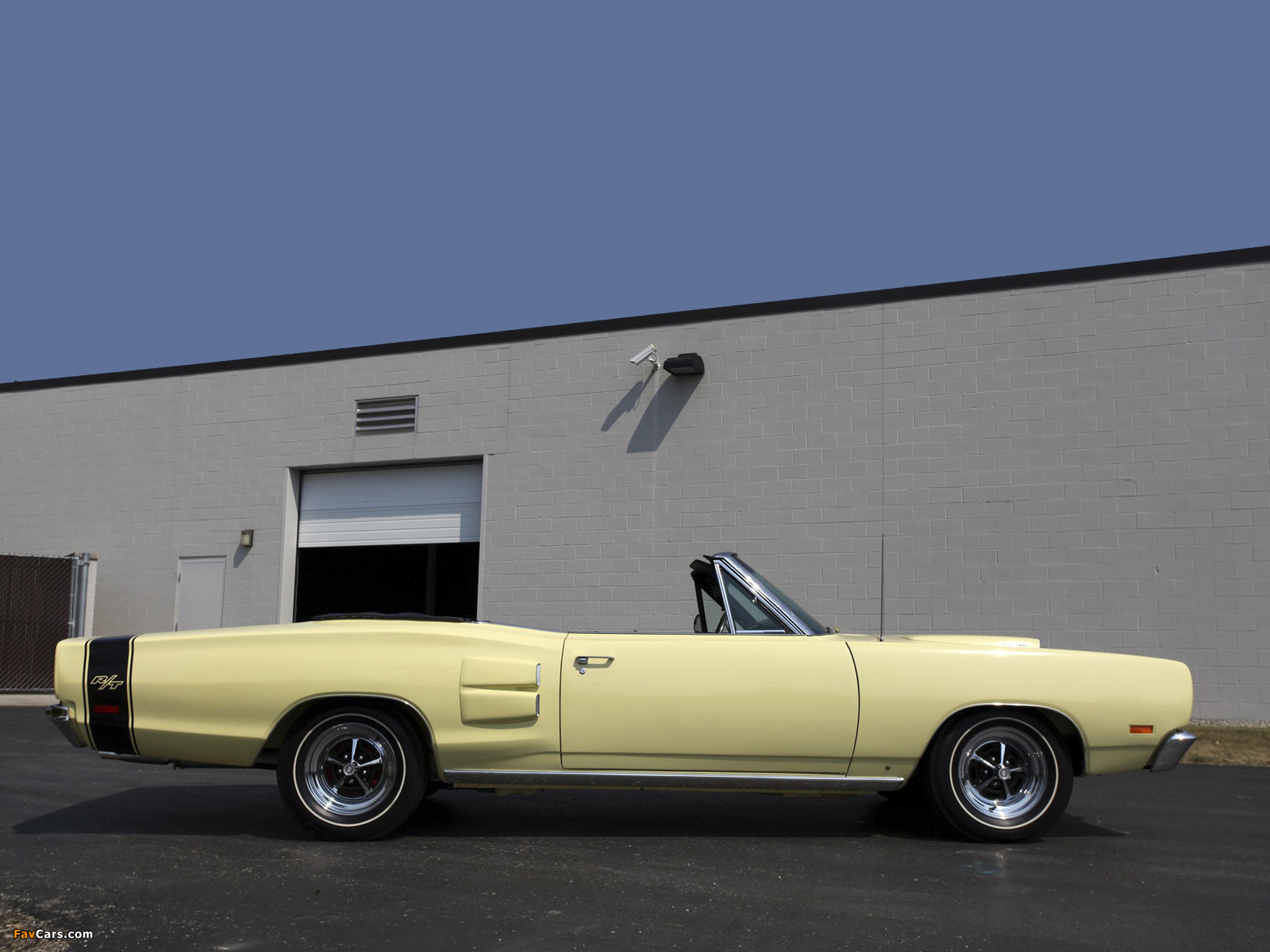 Dodge Coronet R/T Convertible 1969 wallpapers (1600 x 1200)