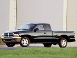 Dodge Dakota Club Cab 1997–2004 images