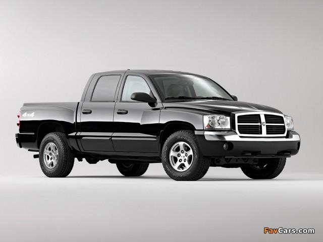 Dodge Dakota Laramie Quad Cab 2004–07 images (640 x 480)