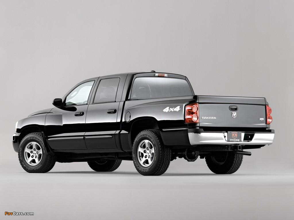 Dodge Dakota Laramie Quad Cab 2004–07 pictures (1024 x 768)