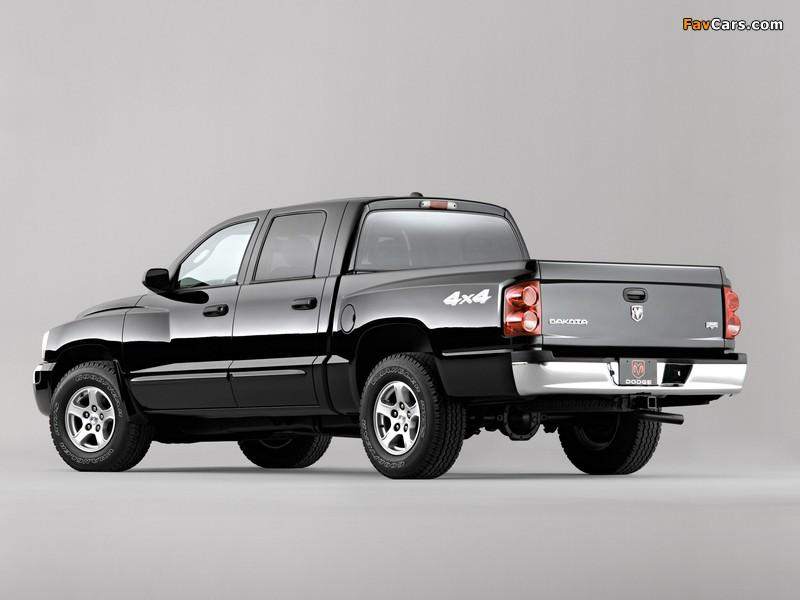 Dodge Dakota Laramie Quad Cab 2004–07 pictures (800 x 600)
