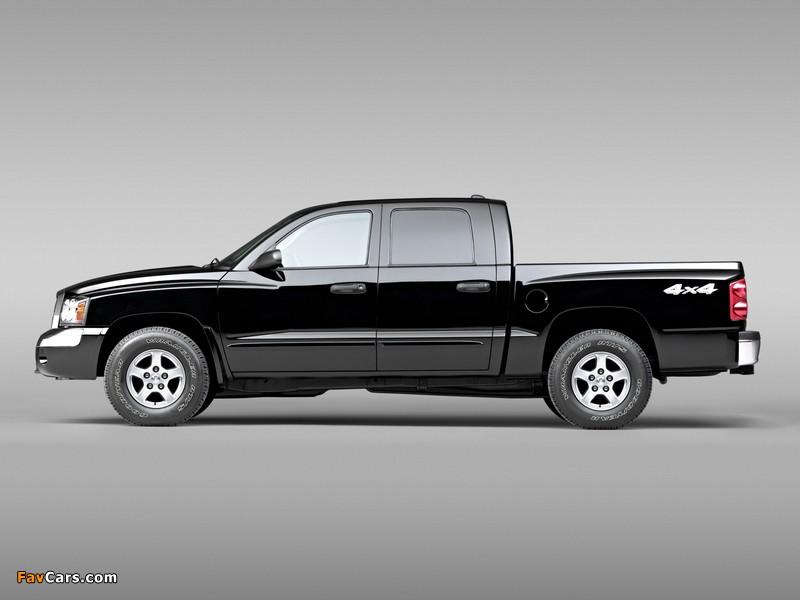 Pictures of Dodge Dakota Laramie Quad Cab 2004–07 (800 x 600)