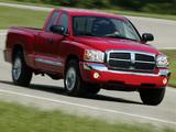 Pictures of Dodge Dakota Club Cab 2004–07
