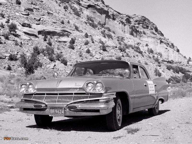 Images of Dodge Dart Phoenix Sedan (H41) 1960 (800 x 600)