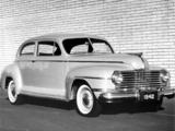Dodge Deluxe Sedan (D22) 1942 pictures