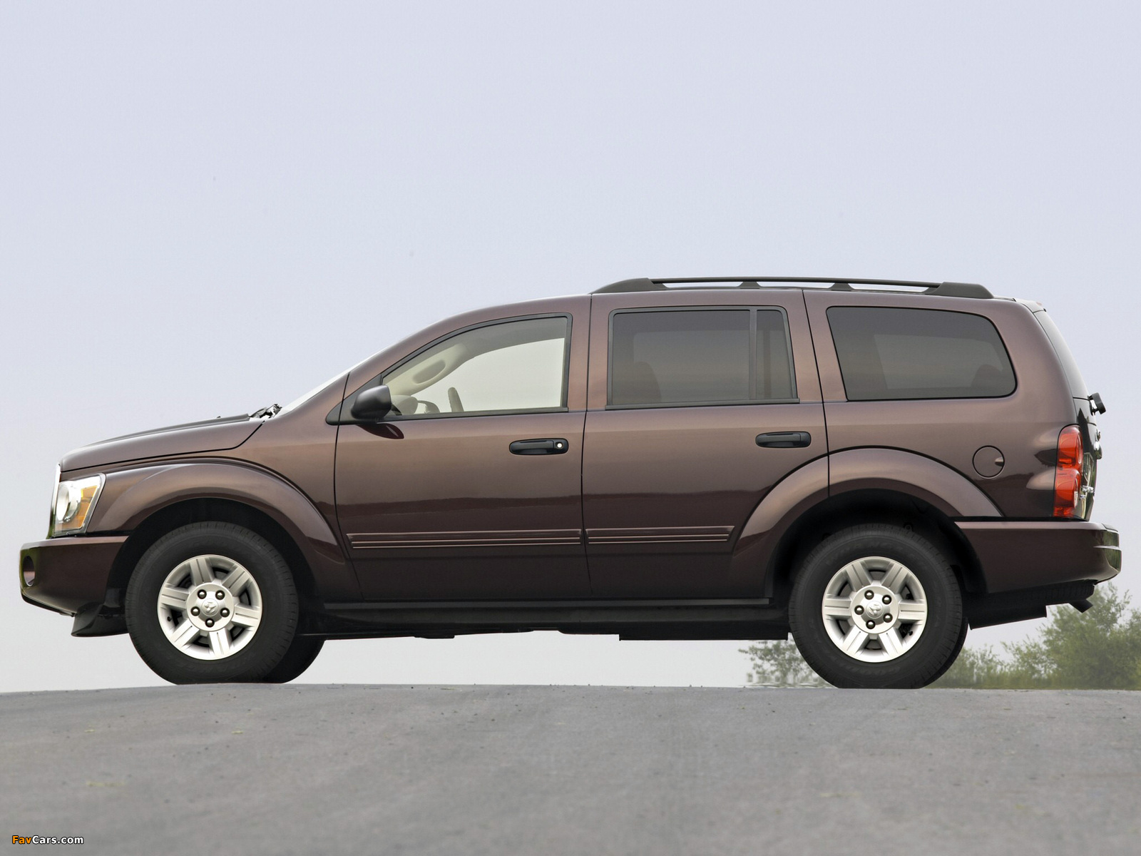 Dodge Durango SLT 2003–06 pictures (1600 x 1200)