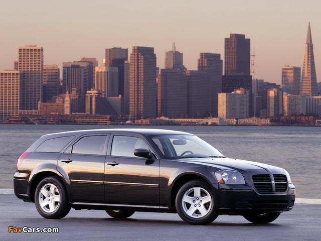 Dodge Magnum RT 2005–07 pictures (640 x 480)