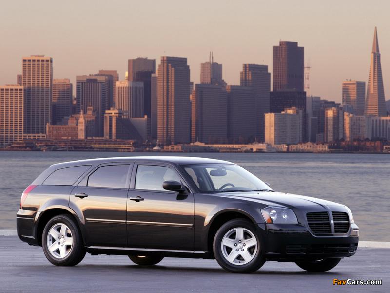 Dodge Magnum RT 2005–07 pictures (800 x 600)
