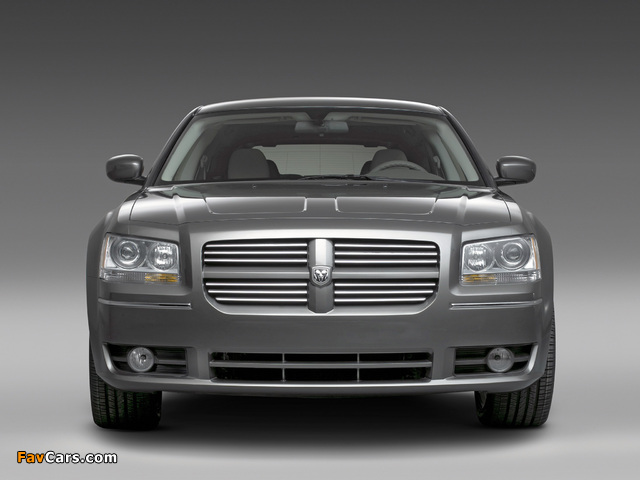 Dodge Magnum RT 2007–08 wallpapers (640 x 480)