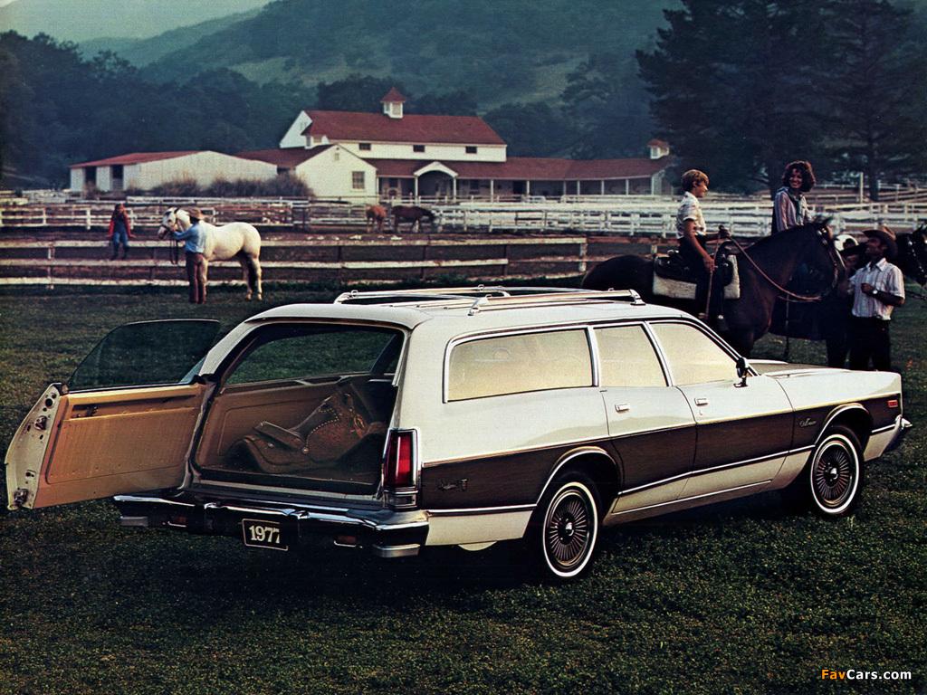 Images of Dodge Monaco Crestwood Wagon 1977 (1024 x 768)