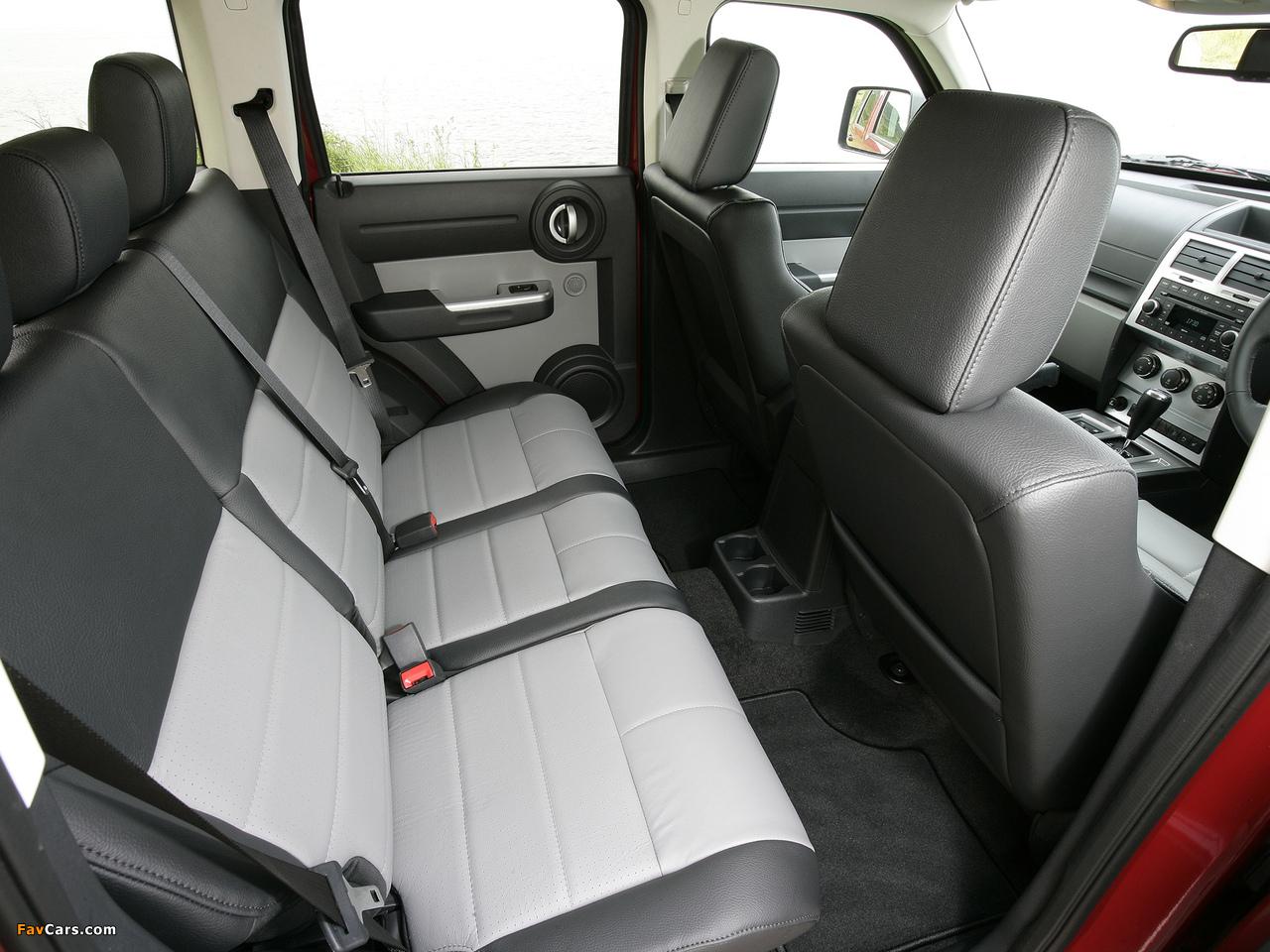 Dodge Nitro UK-spec 2007–09 images (1280 x 960)