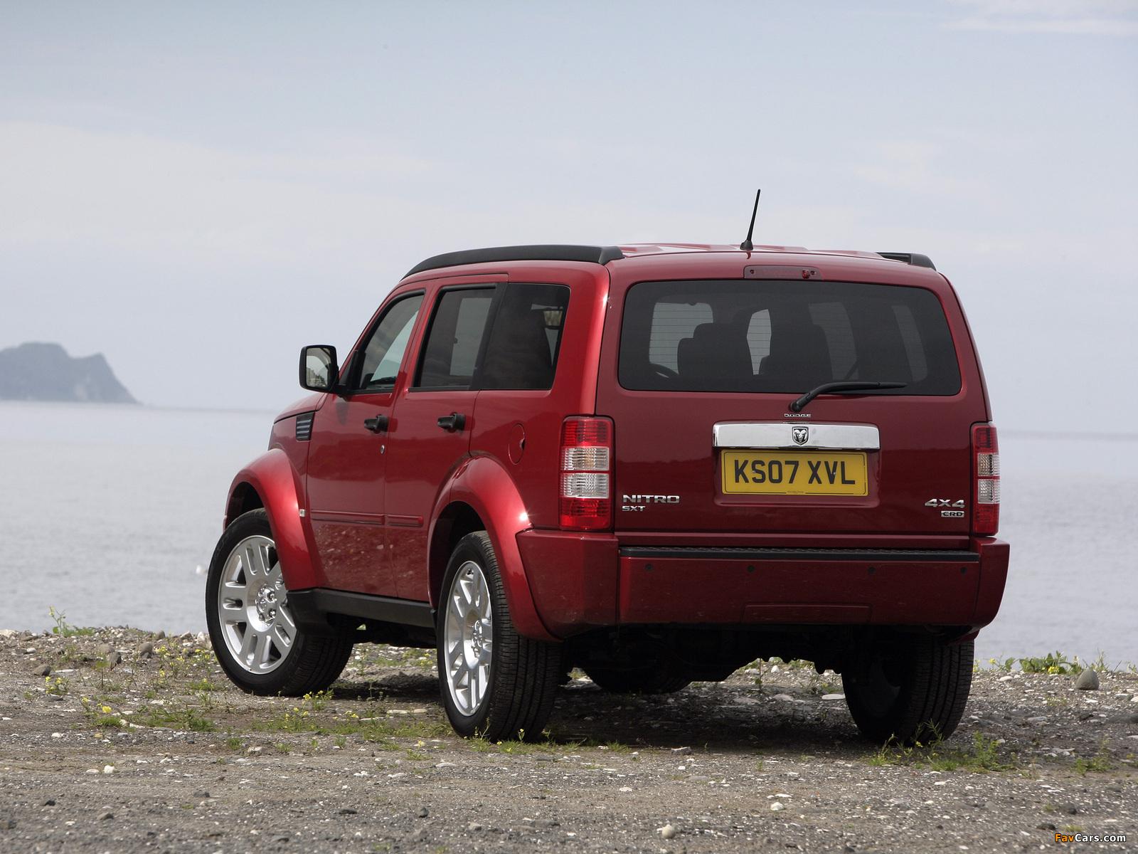 Pictures of Dodge Nitro UK-spec 2007–09 (1600 x 1200)