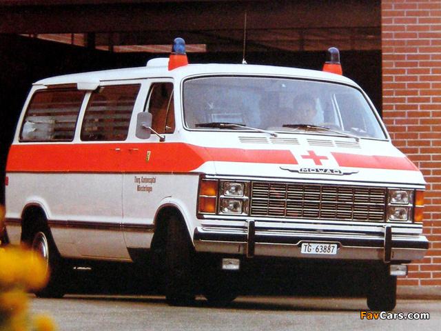 MOWAG Dodge Ram Wagon Ambulance (B300) 1979–93 images (640 x 480)