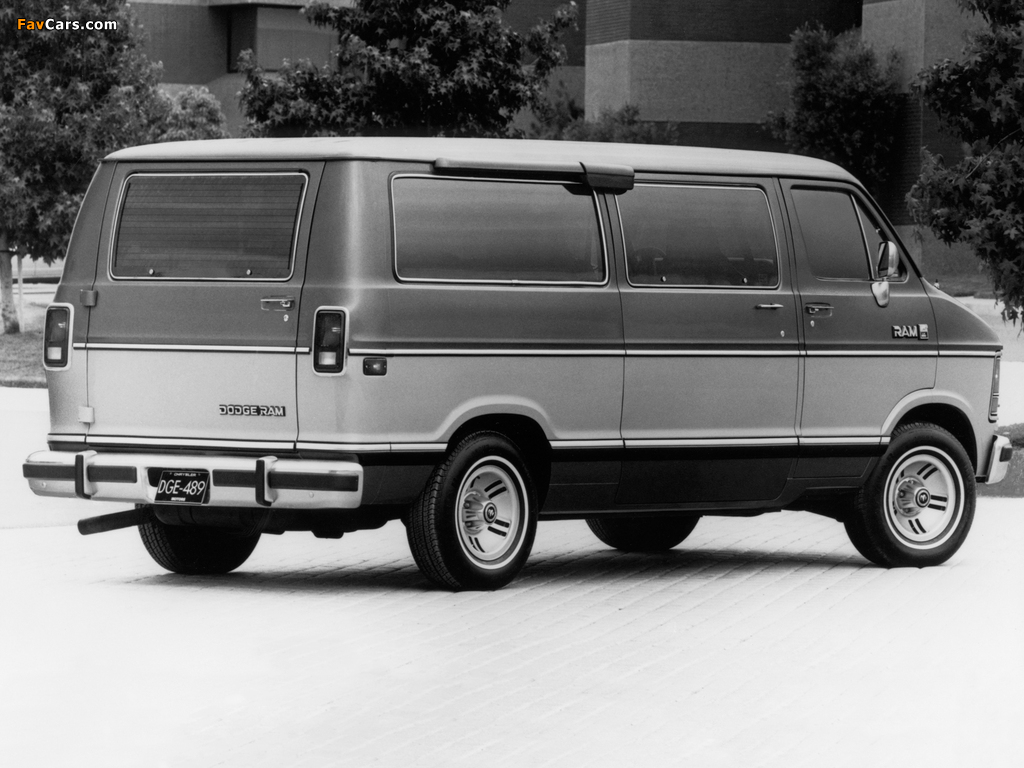 Dodge Ram Wagon 1986–93 pictures (1024 x 768)