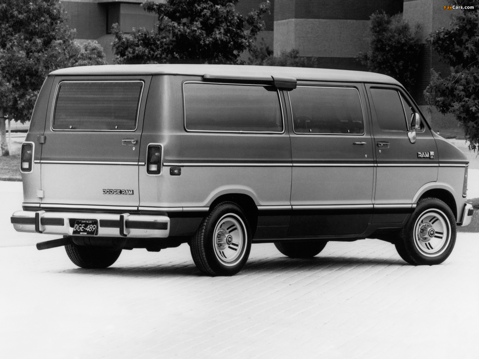 Dodge Ram Wagon 1986–93 pictures (1600 x 1200)