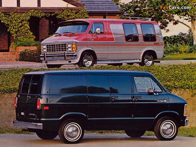 Photos of Dodge Ram Van (640 x 480)