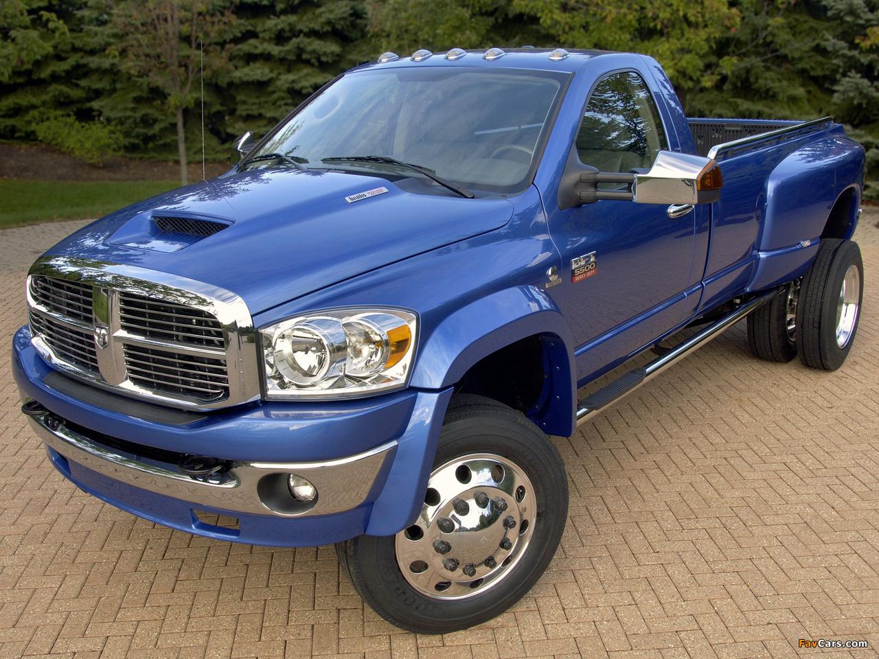 Dodge Ram 5500 BFT 2007–09 photos (1280 x 960)