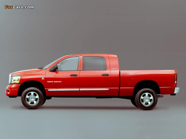 Pictures of Dodge Ram 2500 Mega Cab 2006–09 (640 x 480)