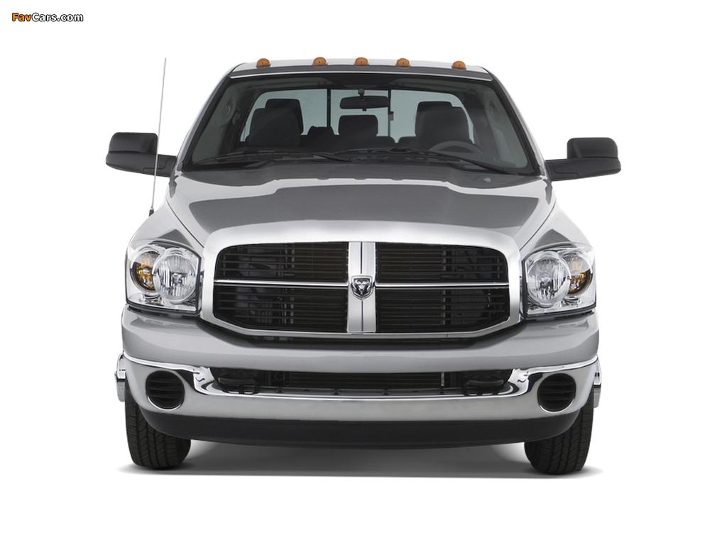 Dodge Ram 3500 Mega Cab 2006–09 wallpapers (1024 x 768)