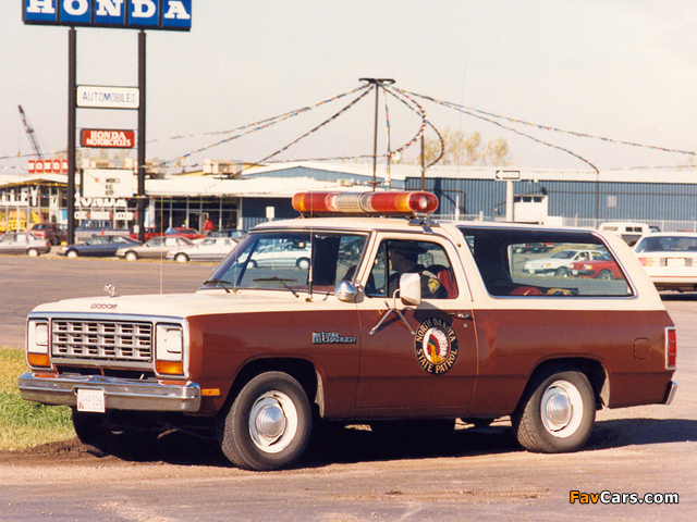 Photos of Dodge Ramcharger Patrol Car 1984 (640 x 480)