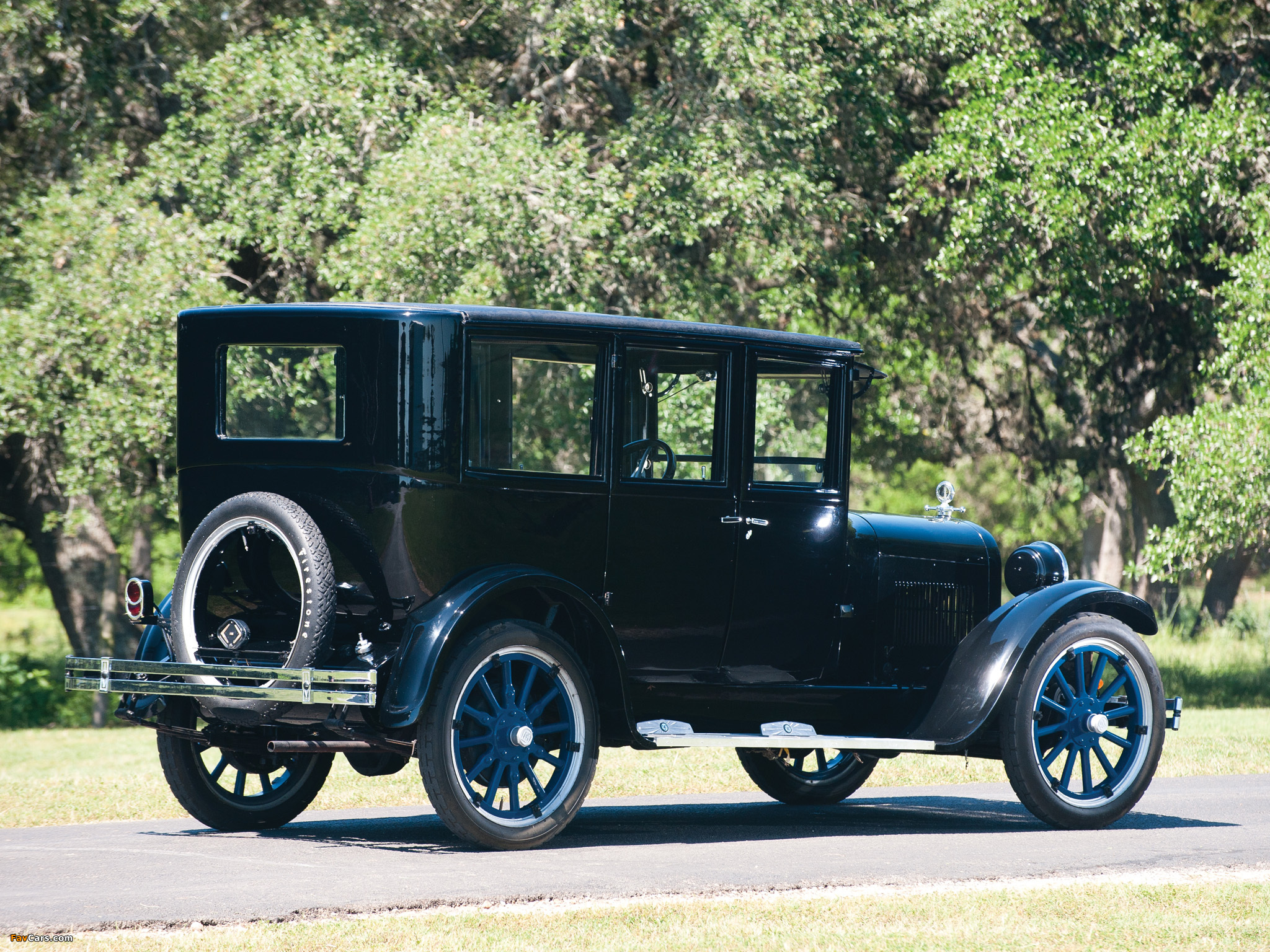 Dodge Series 116 Special Sedan 1925 images (2048 x 1536)