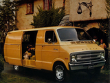 Dodge Tradesman Maxivan 1977 photos