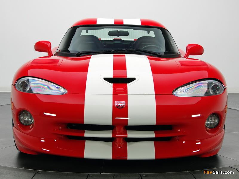 Dodge Viper GTS Final Edition 2002 wallpapers (800 x 600)