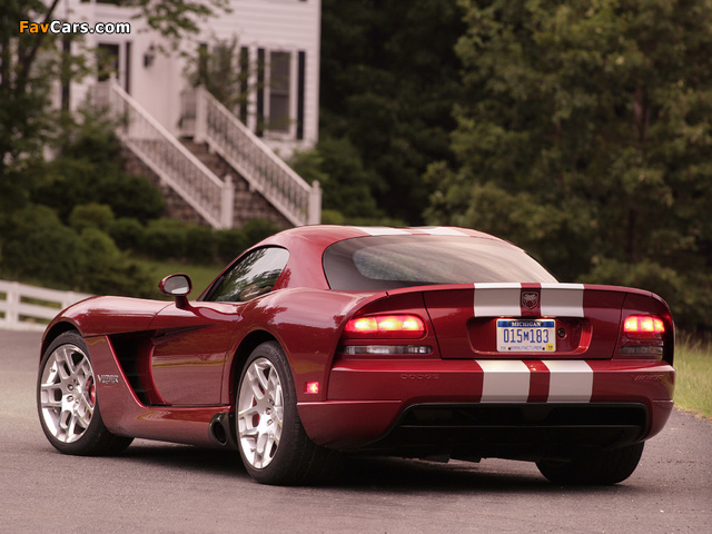 Photos of Dodge Viper SRT10 Coupe 2008–10 (640 x 480)