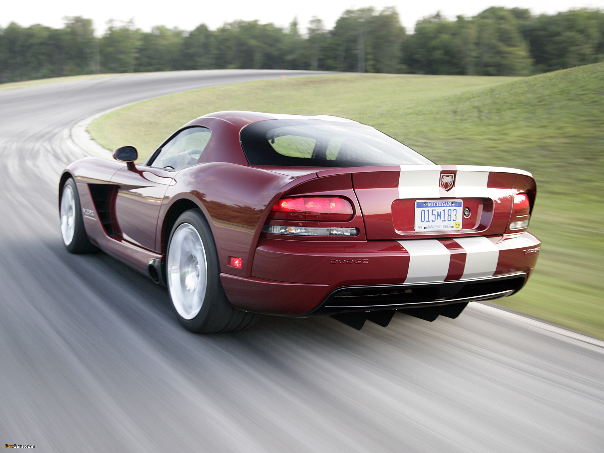 Pictures of Dodge Viper SRT10 Coupe 2008–10 (2048 x 1536)