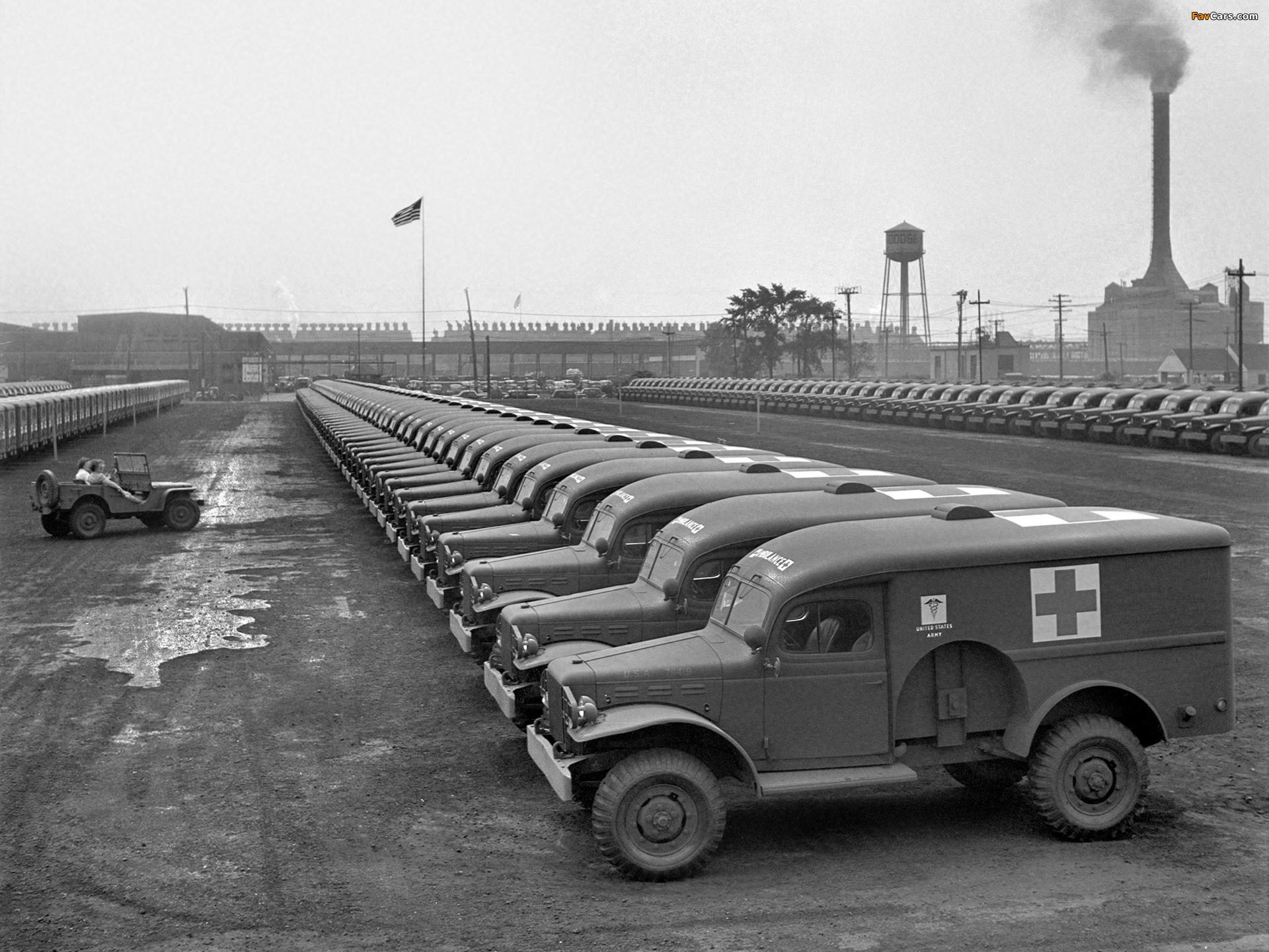 Images of Dodge WC-54 Ambulance by Wayne (T214) 1942–44 (1920 x 1440)