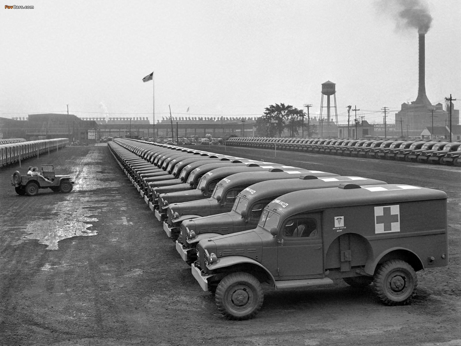 Images of Dodge WC-54 Ambulance by Wayne (T214) 1942–44 (1600 x 1200)