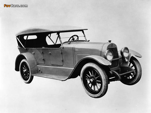 Photos of DuPont Model C Touring 1924 (640 x 480)