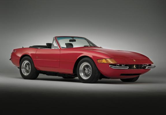 Pictures of Ferrari 365 GTS/4 Daytona Spider 1970–74