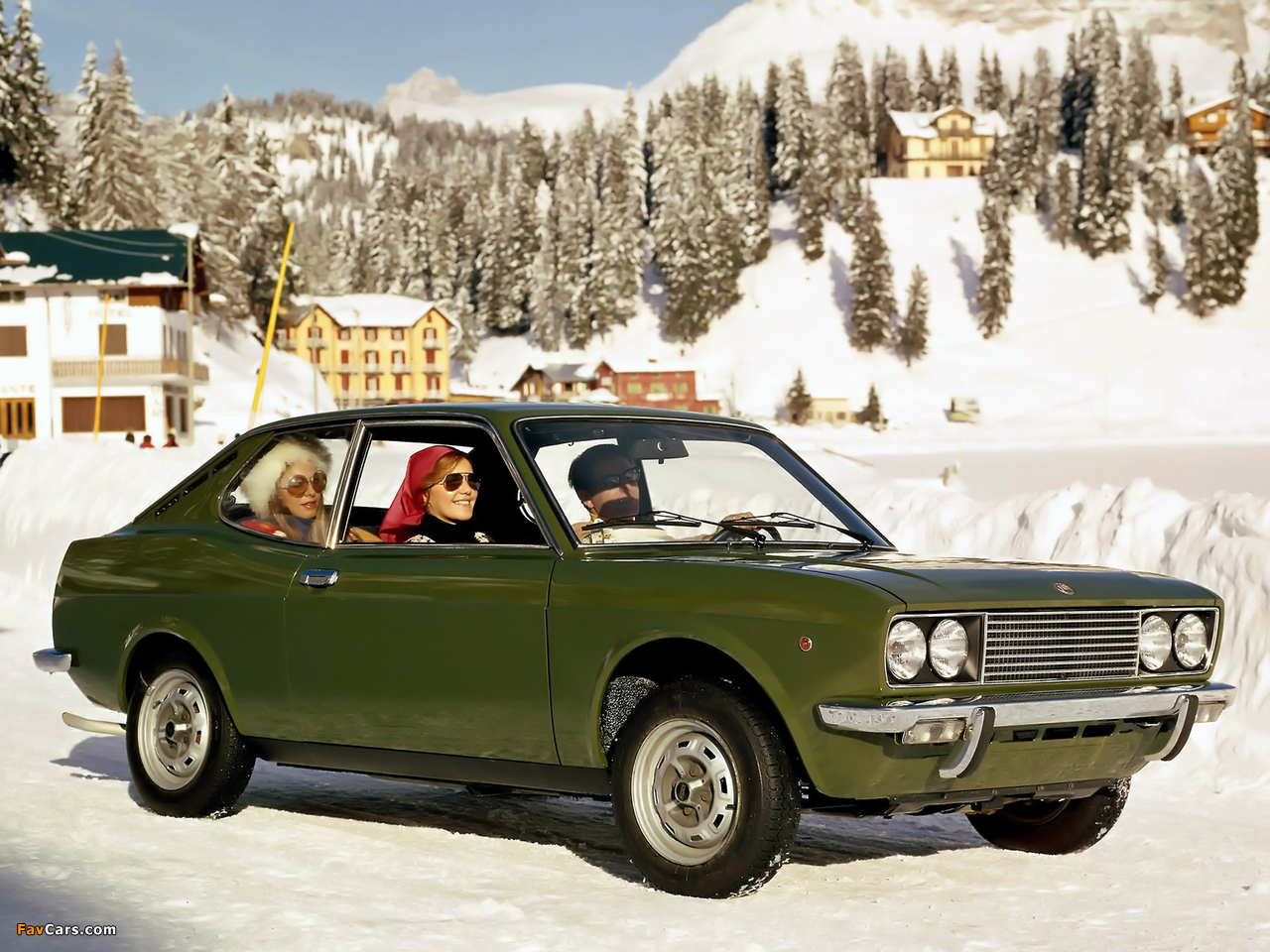 Fiat 128 Coupe SL 1971–75 images (1280 x 960)