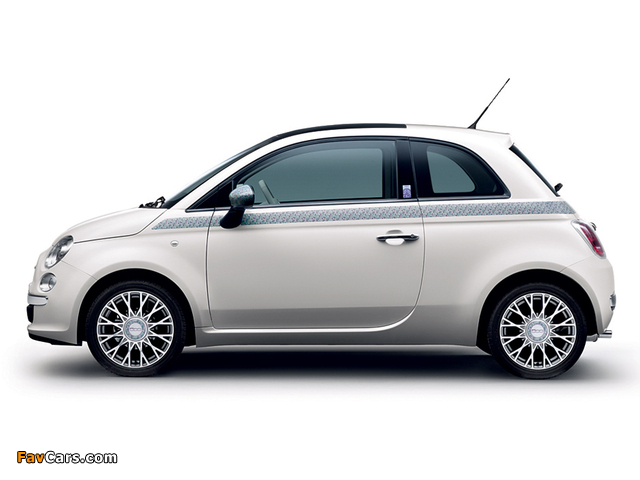Pictures of Fiat 500 Liberty Art Fabrics 2012–13 (640 x 480)